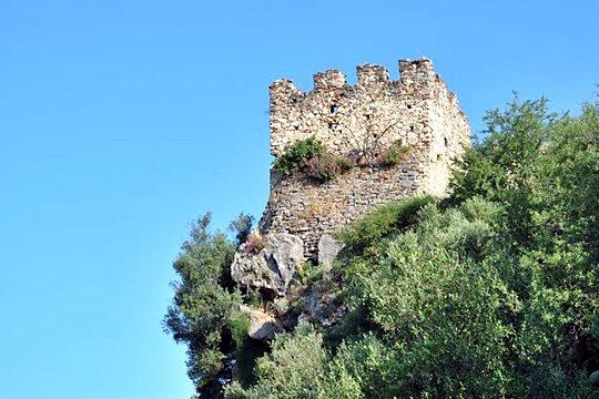Το κάστρο Βαρδούνιας